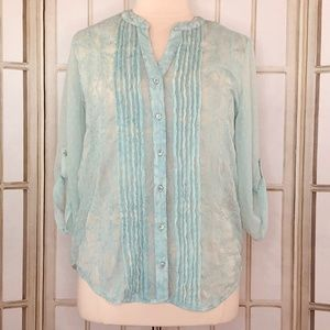 Chicos Size 1 Blouse Sheer Embroidered Tab Sleeves